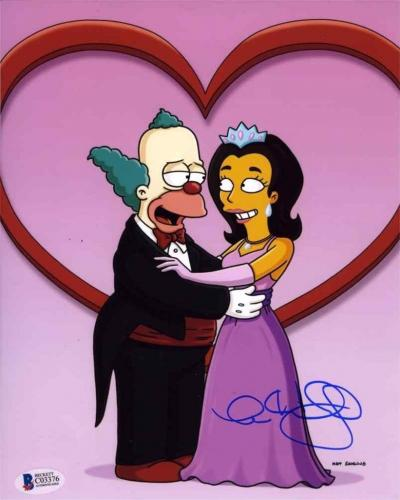 Anne Hathaway Simpsons Autographed Signed 8x10 Photo Authentic Beckett BAS COA