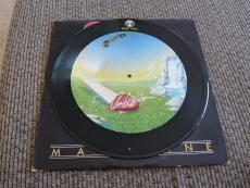 Anne Wilson Heart Autographed Signed MAGAZNE PICTURE DISC LP Album PSA Guarantee