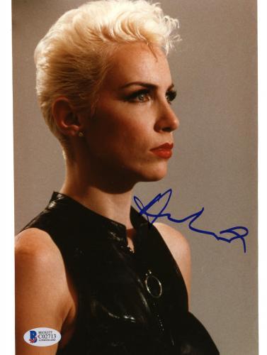 "Annie Lennox Autographed 8""x 10"" Eurythmics Wearing Black Shirt Photograph - Beckett COA"