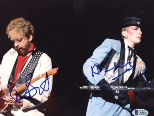 "Annie Lennox & Bobby Hatfield Autographed 8""x 10"" Eurythmics Playing Guitars Photograph - Beckett COA"