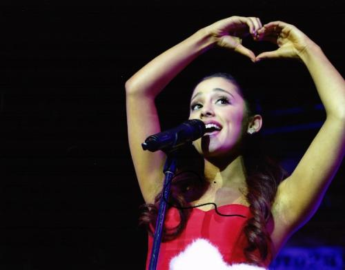 Ariana Grande Signed - Autographed Concert 11x14 inch Photo - Guaranteed to pass PSA or JSA - Victorious Actress