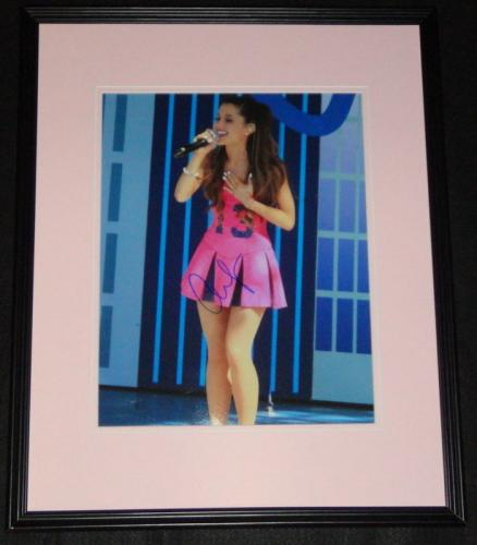 Ariana Grande Signed Framed 11x14 Photo JSA Sam & Cat