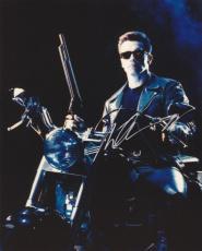 Arnold Schwarzenegger Autographed TERMINATOR 8x10 Photo