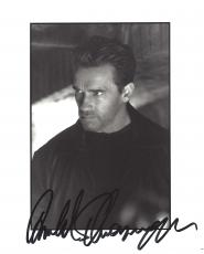 "ARNOLD  SCHWARZENEGGER - Movies Include ""THE TERMINATOR"", ""PREDATOR"", and ""KINDERGARTEN COP"" Signed 8x10 B/W Photo"