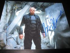 Arnold Schwarzenegger Signed 8x10 Photo Terminator Genisys Action Shot Rare D