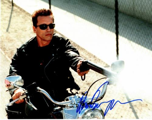 Arnold Schwarzenegger Signed - Autographed TERMINATOR 11x14 inch Photo - Guaranteed to pass PSA or JSA