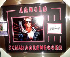Arnold Schwarzenegger Terminator Signed 8x10 Jsa Coa Double Matted & Framed A