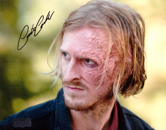 Austin Amelio Signed 8×10 The Walking Dead Photo
