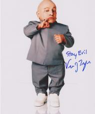Austin Powers Verne Troyer Signed 8x10 Photo