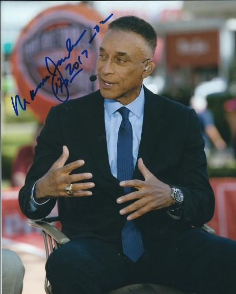 Autographed MANNIE JACKSON 8X10 Harlem Globetrotters photo