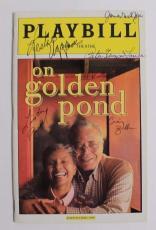 AUTOGRAPHED On Golden Pond Playbill Cast James Earl Jones Leslie Uggams 2005 15B