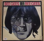 Barry Gibb signed Bee Gees LP Album Cover Idea PSA/DNA auto