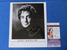 BARRY MANILOW SIGNED 8x10 PHOTO ~ JSA CERT Q22822 ~ MUSIC LEGEND ~