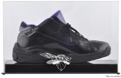 New York Knicks Team Logo Basketball Shoe Display Case