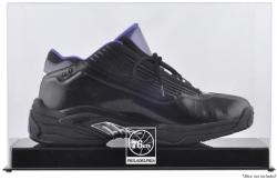 Philadelphia 76ers Team Logo Basketball Shoe Display Case