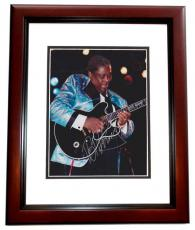 BB King Autographed 8x10 Photo MAHOGANY CUSTOM FRAME