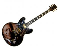 B.B. King Autographed Gibson Lucille Best Airbrush Guitar PSA LOA AFTAL