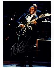 B.B. King Autographed Photo - BB R+B Guitartist Concert 8x10 Deceased 2015