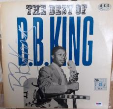 "B.B. KING SIGNED ""The Best of B.B. King"" ALBUM PSA/DNA VERY RARE with record!"