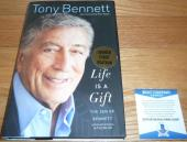 Beckett-bas Tony Bennett Autographed-signed Life Is A Gift Hardcover Book B24697
