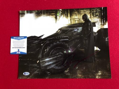 "Ben Affleck, ""Autographed"" (Beckett) 11x14 Photo (BATMAN)"