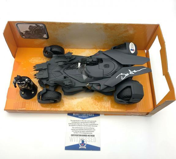 Ben Affleck Signed Autograph Batmobile 1:24 Diecast Car Bas Beckett Batman