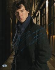Benedict Cumberbatch Signed Sherlock Holmes Auto 11x14 Photo BECKETT #B10243