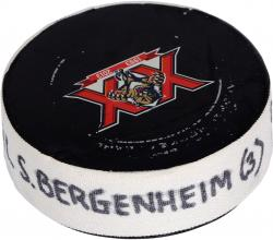 Sean Bergenheim Florida Panthers 12/10/13 Game-Used Goal Puck vs. Detroit Red Wings - Mounted Memories
