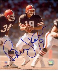 Bernie Kosar Cleveland Browns Autographed 8'' x 10'' Drop Back Photograph - Mounted Memories
