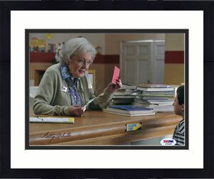 "Betty White ""THE PROPOSAL"" Signed 8x10 PSA/DNA COA"