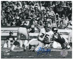 Fred Biletnikoff Oakland Raiders Autographed 8'' x 10'' Horizontal Photograph - Mounted Memories