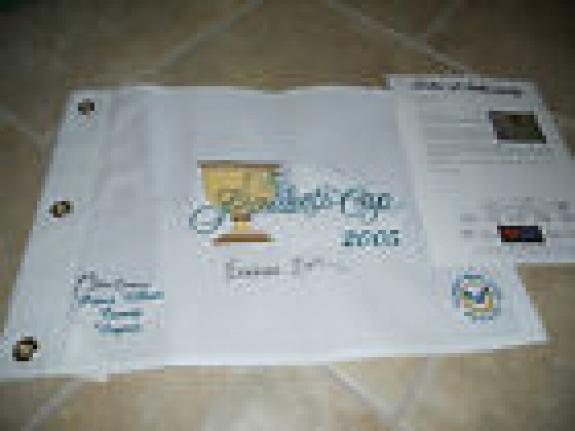 Bill Clinton Barbara Bush Presidents Cup 2005 Signed Golf Flag PSA Certified