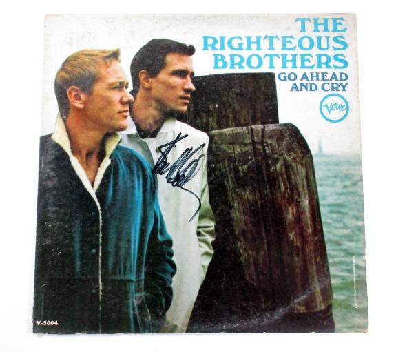Bill Medley Signed Album The Righteous Brothers Go Ahead and Cry AUTO DF012233