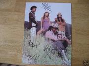 Black Eyed Peas Signed Group 8x10 Photo Fergie All 5 Jsa Coa