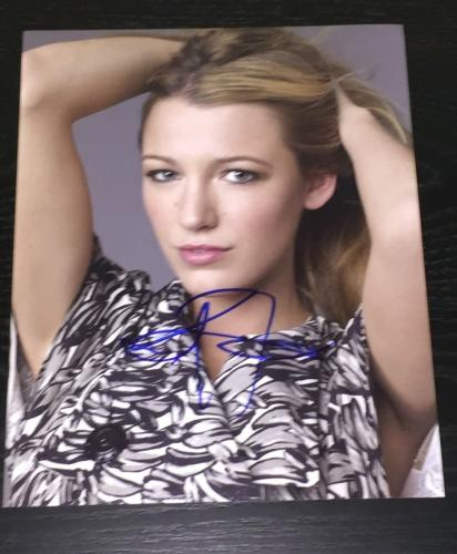 BLAKE LIVELY SIGNED AUTOGRAPH NEW SEXY SEDUCTIVE POSE HOT BABE 8x10 PHOTO COA