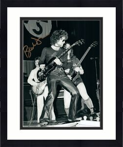 Blue Oyster Cult Buck Dharma Live Autographed Photo Vintage AFTAL UACC RD RACC T