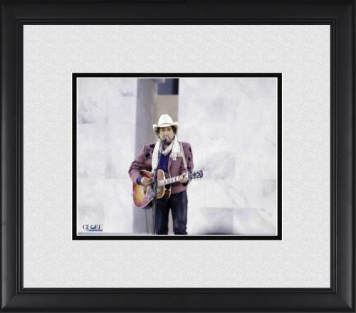 """Bob Dylan framed 8"""" x 10"""" Performing for President Clinton Photograph"""