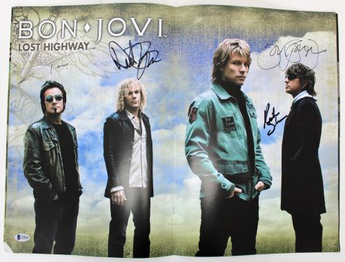 Bon Jovi Jon (4) Signed 2007 Lost Highway Tour Program BAS #A70549