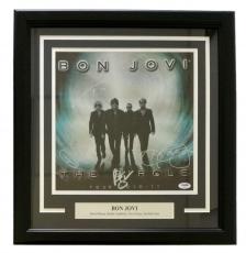 Bon Jovi Signed Framed The Circle Album Cover PSA LOA