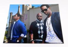 Boys II Men Signed 11 x 14 Color Photo Pose #2 3 Autos
