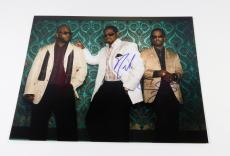 Boys II Men Signed 11 x 14 Color Photo Pose #5 3 Autos