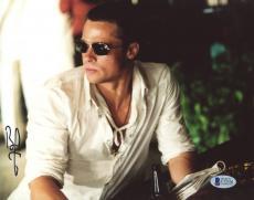 "Brad Pitt Autographed 8""x 10"" Oceans 12 White Shirt Photograph - BAS COA"