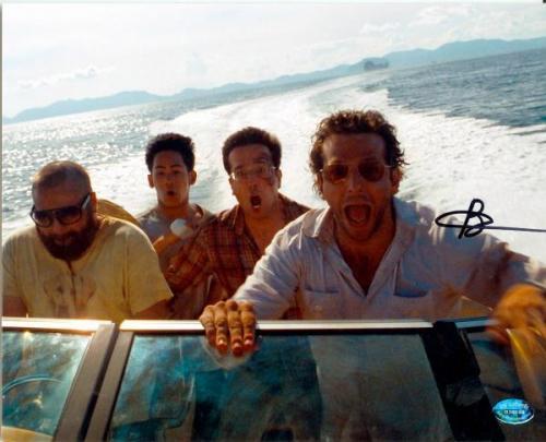 Bradley Cooper autographed 8x10 photo (Hangover 2) Image #SC2