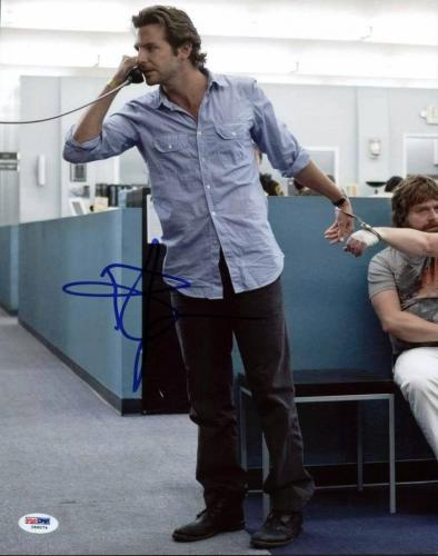 Bradley Cooper The Hangover Signed 11X14 Photo PSA/DNA #I86074