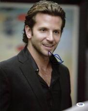 Bradley Cooper The Hangover Signed 11X14 Photo PSA/DNA #I86075