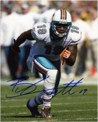 Brandon Marshall Miami Dolphins Autographed 8'' x 10'' Action Photograph  - Mounted Memories