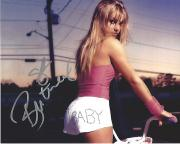 """BRITANY SPEARS - Recording Artist, and Entertainer Alubums Include """"BABY ONE MORE TIME"""" and """"OOPS!... I DID IT AGAIN"""""""" Signed 10x8 Color Photo"""