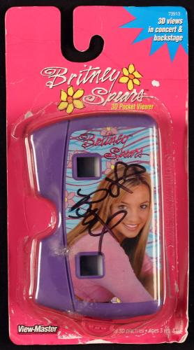 Britney Spears Signed 2000 View Master Pocket Viewer JSA
