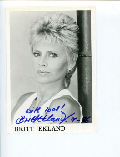 Britt Ekland James Bond Girl The Wicker Man Sexy Signed Autograph Photo