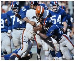 Jim Brown Cleveland Browns Autographed 16'' x 20'' vs New York Giants Photograph - Mounted Memories